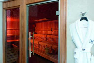 NH Wiesbaden: Wellness/Spa