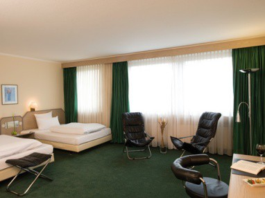 IAT Plaza Hotel Trier: Room