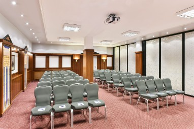NH Ingolstadt: Meeting Room