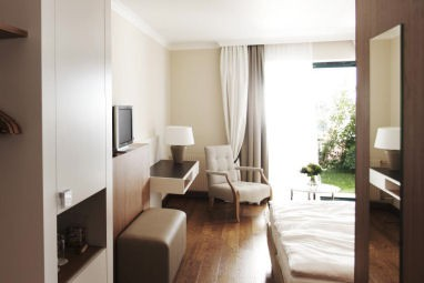 Steigenberger Hotel and Spa Krems: Room
