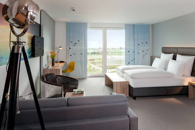 Dorint Airport-Hotel Stuttgart: Room